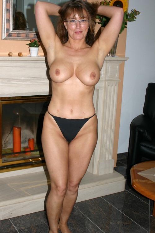 numero de cougar sexy gros seins